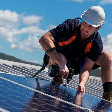 Thumbnail for Tesla Tests Rental Solar Panels in Six States